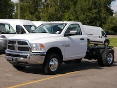 New Chrysler Dodge Jeep RAM Models 2017 Ram 3500 TRADESMAN CHASSIS REGULAR CAB 4X4 143.5 WB Regular Cab 3C7WRTAL2HG662487 for sale in South St Paul, MN
