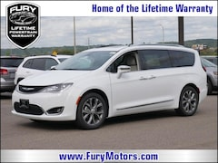 New Chrysler Dodge Jeep RAM Models 2019 Chrysler Pacifica LIMITED Passenger Van 2C4RC1GG8KR526070 for sale in South St Paul, MN