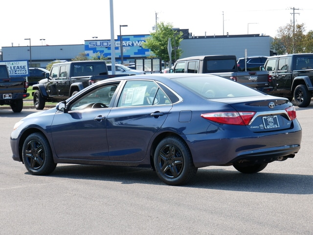 Used 2017 Toyota Camry LE with VIN 4T1BF1FK4HU773382 for sale in South Saint Paul, Minnesota