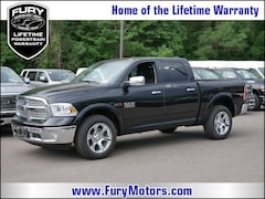 New Chrysler Dodge Jeep RAM Models 2018 Ram 1500 LARAMIE CREW CAB 4X4 5'7 BOX Crew Cab 1C6RR7NM6JS231824 for sale in South St Paul, MN