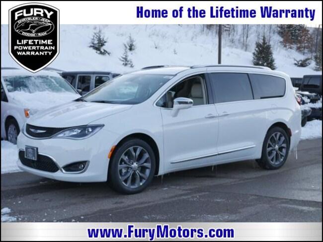 New 2019 Chrysler Pacifica LIMITED Passenger Van For Sale/Lease St. Paul, MN