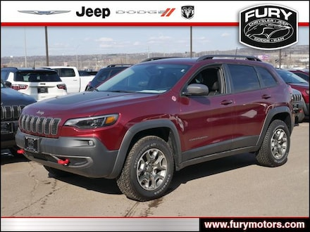 Featured New 2020 Jeep Cherokee TRAILHAWK 4X4 Sport Utility for Sale near Minneapolis