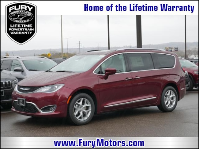 New 2019 Chrysler Pacifica TOURING L PLUS Passenger Van For Sale/Lease St. Paul, MN