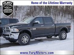 New Chrysler Dodge Jeep RAM Models 2018 Ram 2500 LARAMIE CREW CAB 4X4 6'4 BOX Crew Cab 3C6UR5FL0JG382413 for sale in South St Paul, MN