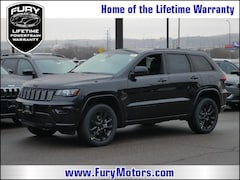 New Chrysler Dodge Jeep RAM Models 2019 Jeep Grand Cherokee ALTITUDE 4X4 Sport Utility 1C4RJFAG0KC628225 for sale in South St Paul, MN