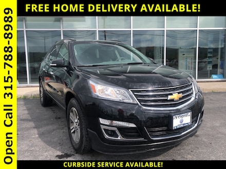 2017 Chevrolet Traverse 2LT SUV