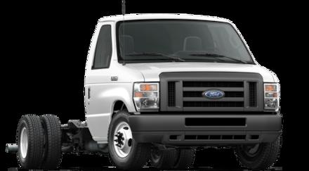 2019 Ford Econoline Cutaway E-450 DRW Cutaway Commercial-truck