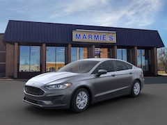 New 2020 Ford Fusion S Sedan in Great Bend near Russell