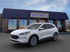 New 2020 Ford Escape SEL SUV in Great Bend near Russell