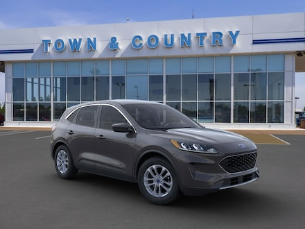 Featured new 2020 Ford Escape SE SUV for sale in Evansville, IN