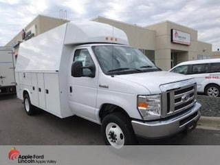 2021 Ford E-450 Cutaway E-450 DRW Cutaway Commercial-truck