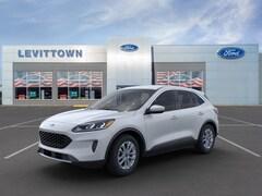 New 2020 Ford Escape SE SUV 1FMCU9G69LUC70742 in Long Island