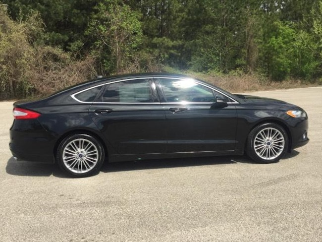 2015 Ford Fusion 4dr Sdn SE FWD Car