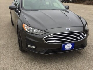 2019 Ford Fusion SE FWD Car