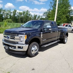2019 Ford F-350 Lariat Crew Cab 8ft LB Pickup Truck