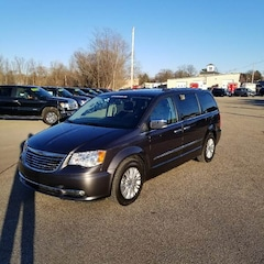 2016 Chrysler Town and Country Limited 4dr Mini Van Minivan