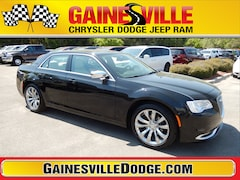 New 2019 Chrysler 300 TOURING Sedan 19L320 in Gainesville, FL
