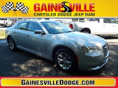 New 2019 Chrysler 300 TOURING Sedan 19L347 in Gainesville, FL