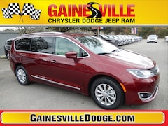 New 2019 Chrysler Pacifica TOURING L Passenger Van 19F207 in Gainesville, FL
