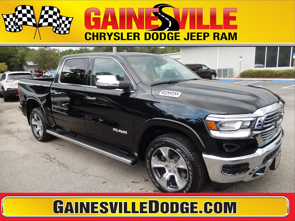 2019 Ram All-New 1500 LARAMIE CREW CAB 4X4 5'7 BOX Crew Cab 19T130