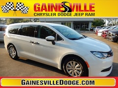 New 2018 Chrysler Pacifica L Passenger Van 18F475 in Gainesville, FL