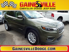 New 2019 Jeep Cherokee LATITUDE FWD Sport Utility 19Z393 in Gainesville, FL