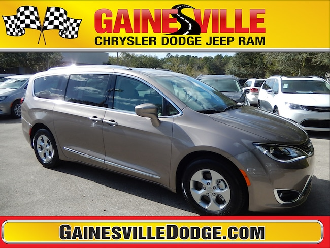 New 2018 Chrysler Pacifica Hybrid TOURING L Passenger Van 18F124 in Gainesville, FL