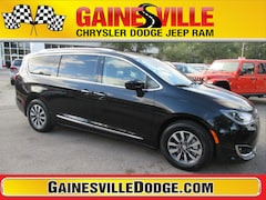New 2020 Chrysler Pacifica TOURING L PLUS Passenger Van 20F239 in Gainesville, FL