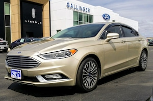 2017 Ford Fusion FULLY LOADED SE!
