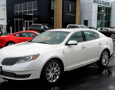 2016 Lincoln MKS EcoBoost w/ ELITE AND TECHNOLOGY PKGS!  Sedan