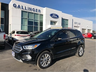 2017 Ford Escape Titanium with LEATHER, NAVIGATION, & MOONROOF! Titanium 4WD