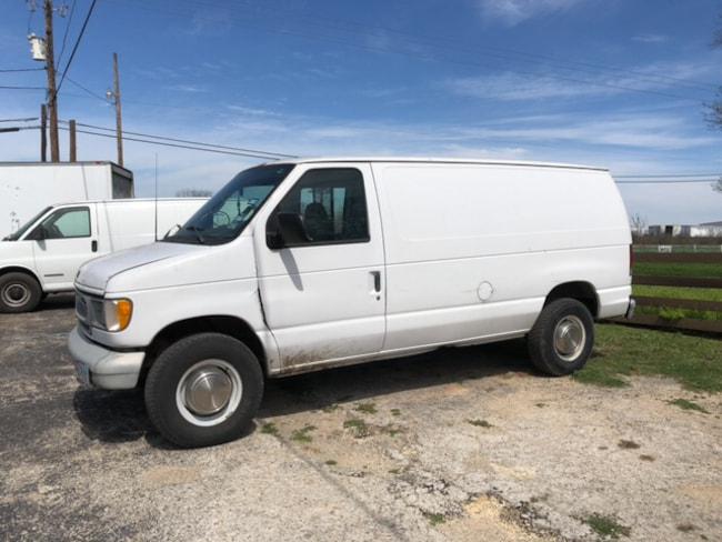 2001 Ford E-250 Commercial Van Regular
