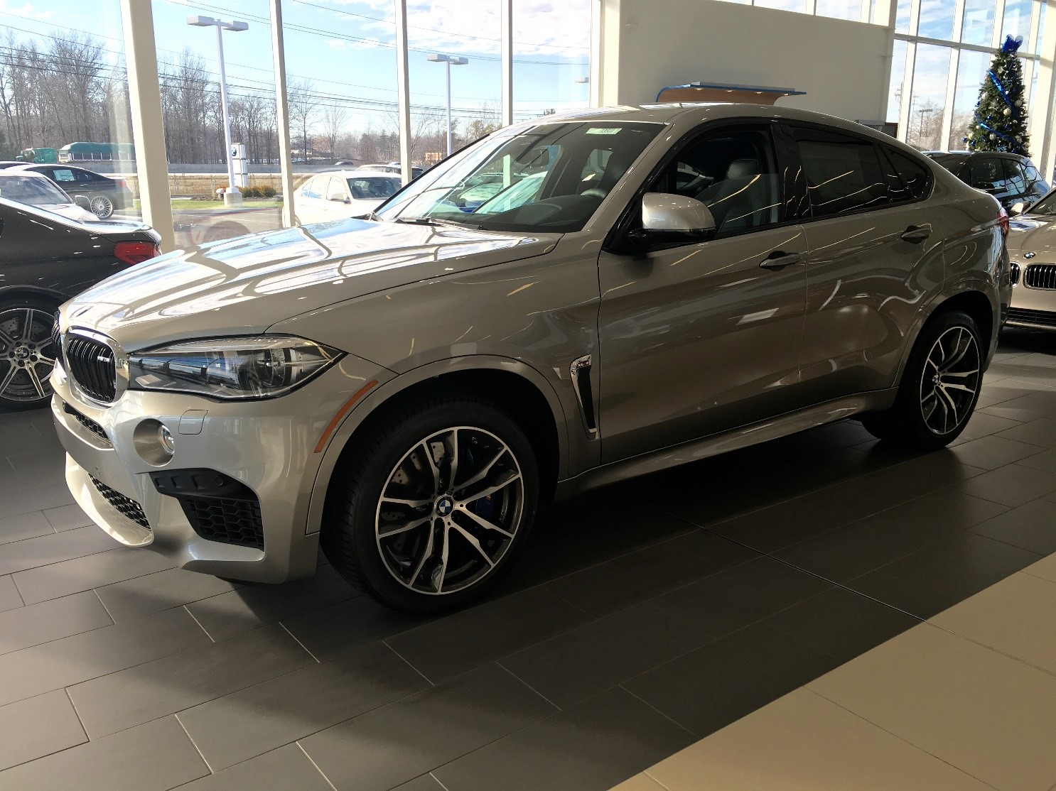 Its Stylish Exterior In Donington Gray Metallic And Comfortable Interior With Black Nappa Leather Make It Hard To Not Love Living Day