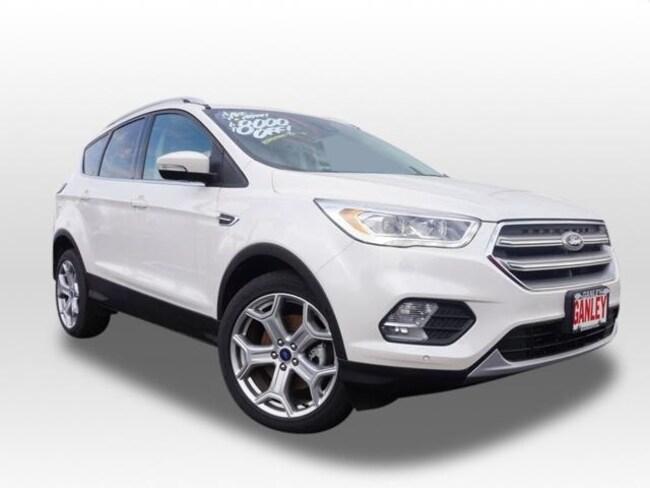 New 2017 Ford Escape Titanium SUV in Barberton, OH