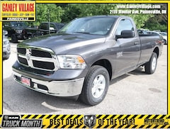 New 2019 Ram 1500 CLASSIC TRADESMAN REGULAR CAB 4X4 8' BOX Regular Cab Painesville