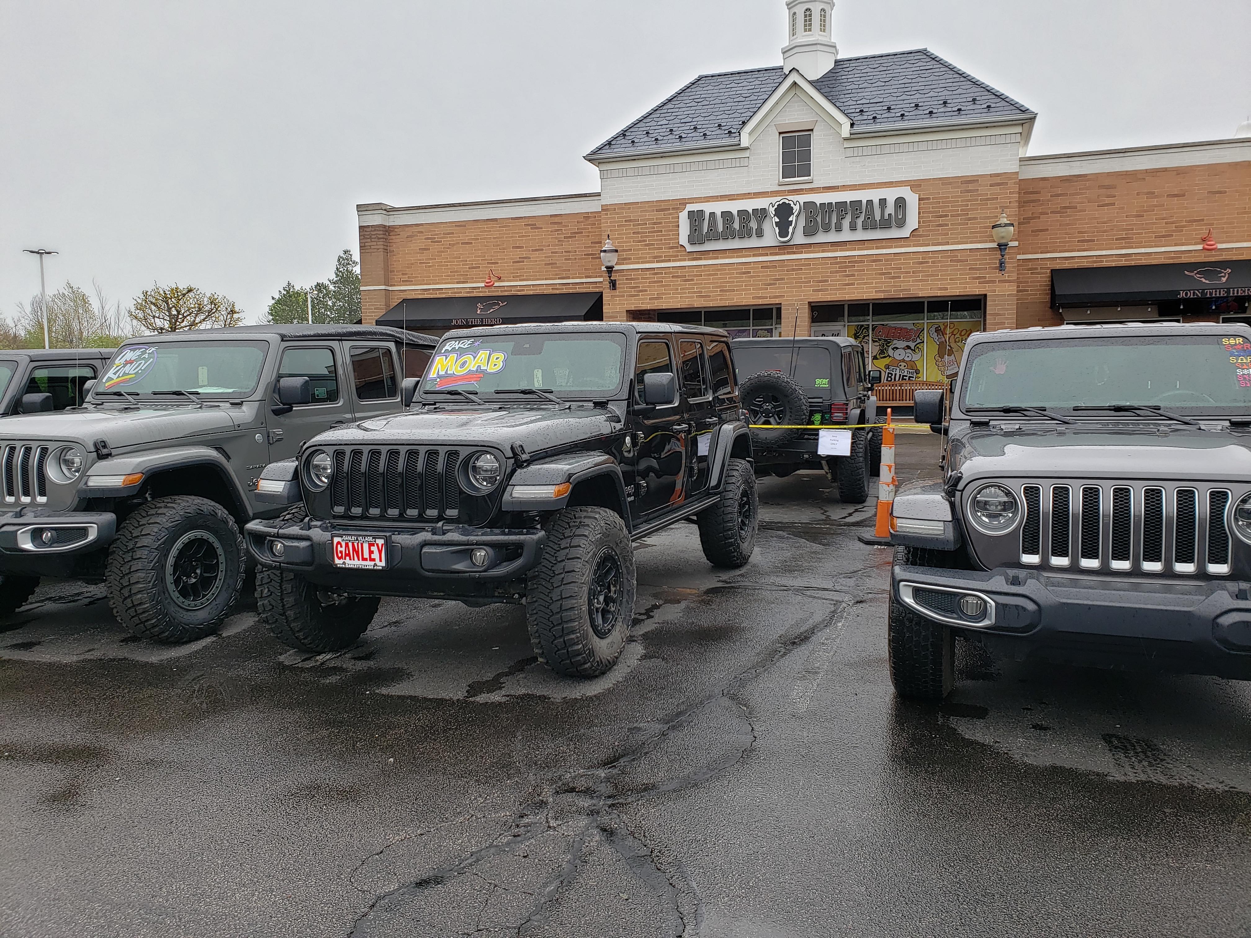 Harry Buffalo Jeep Night