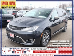 New 2019 Chrysler Pacifica LIMITED Passenger Van Painesville