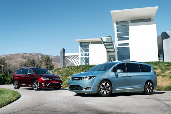 2019 Chrysler Pacifica Painesville OH | New Chrysler