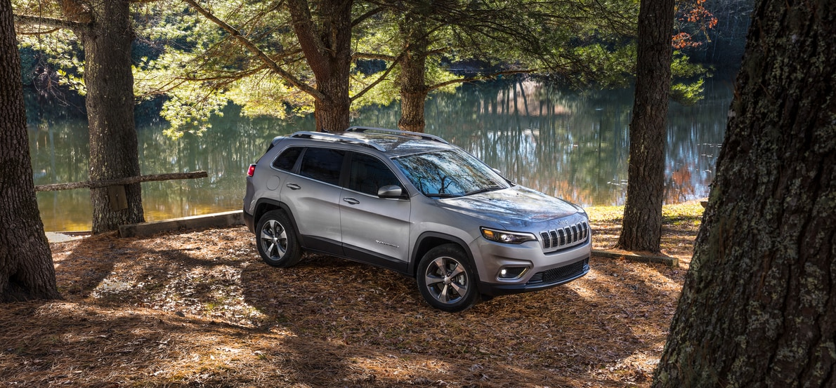 New Jeep Cherokee SUV in Painesville, OH