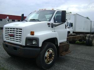 2005 GMC 8500