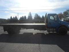2003 FREIGHTLINER M2 BUSNISS CLASSIC