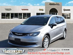 Used 2017 Chrysler Pacifica Touring Touring FWD for sale in Long Island