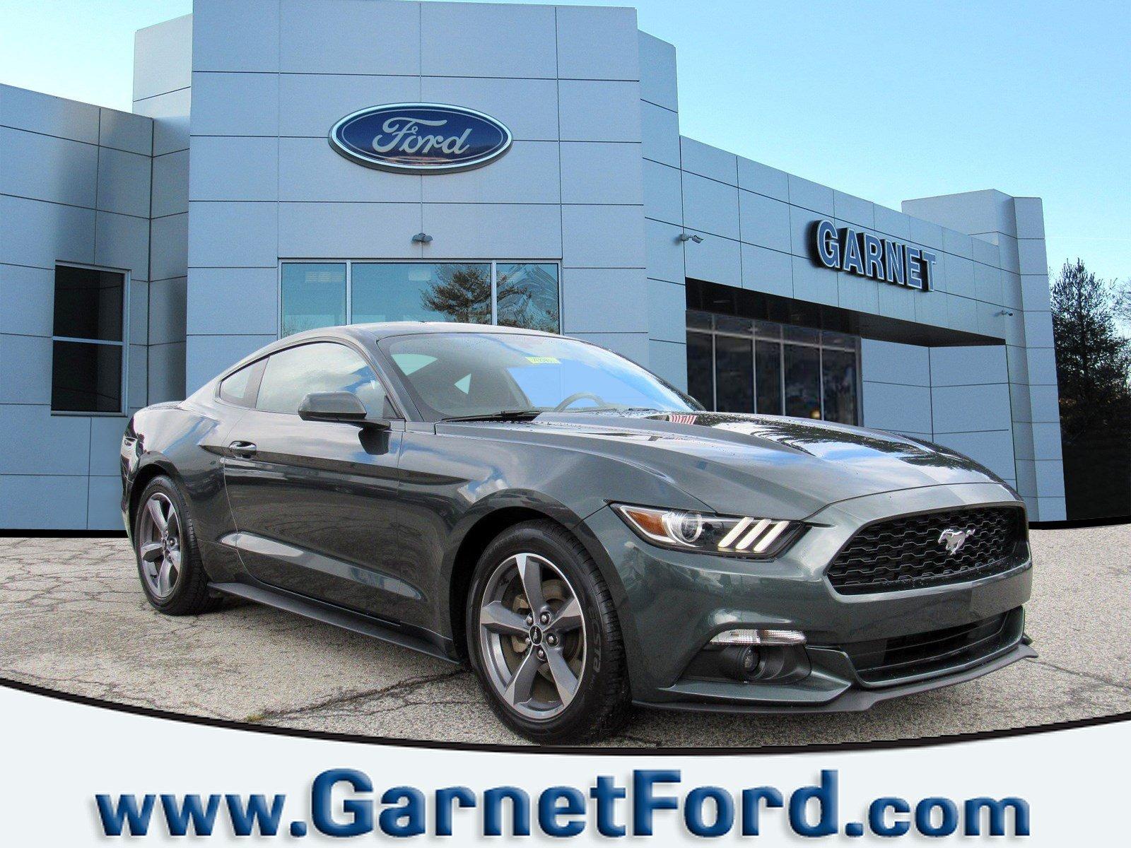 2015 Ford Mustang V6 Fastback V6