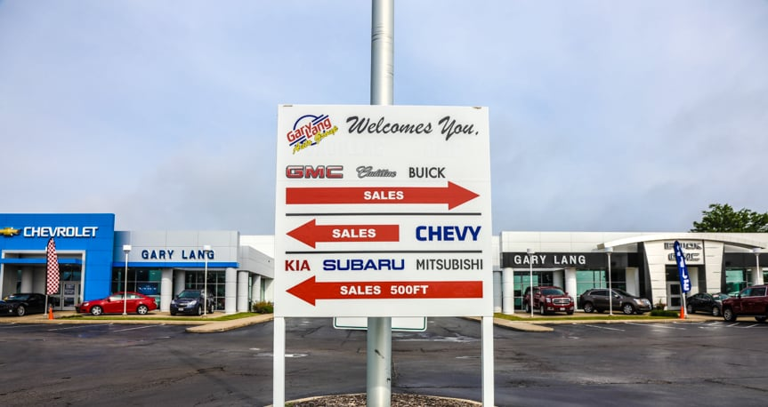 Car Dealership in McHenry, IL