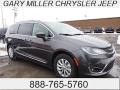 New 2018 Chrysler Pacifica TOURING L Passenger Van 2C4RC1BG3JR194044 for sale in Erie, PA at Gary Miller Chrysler Dodge Jeep Ram
