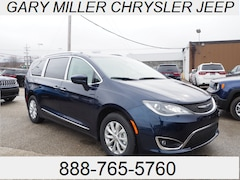 New 2018 Chrysler Pacifica TOURING L Passenger Van 2C4RC1BGXJR194042 for sale in Erie, PA at Gary Miller Chrysler Dodge Jeep Ram