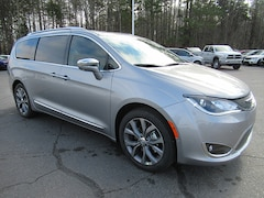 2019 Chrysler Pacifica Limited Minivan