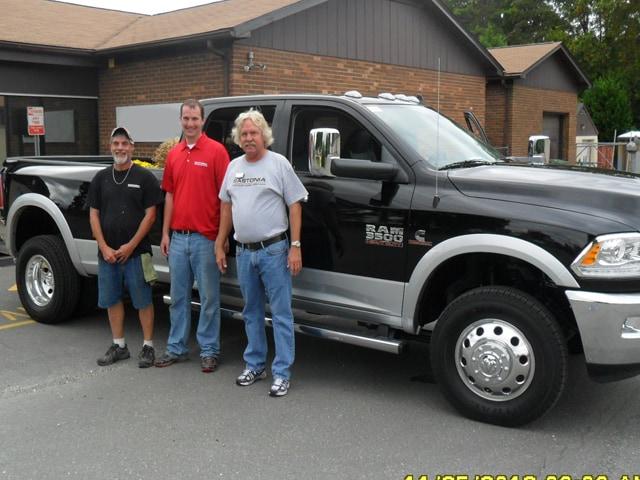 gastonia chrysler dodge jeep ram new chrysler dodge jeep ram dealership in gastonia nc 28054. Black Bedroom Furniture Sets. Home Design Ideas