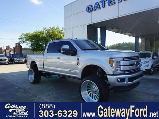 2018 Ford F-250 Lariat 4WD 6.75ft Box Crew Cab