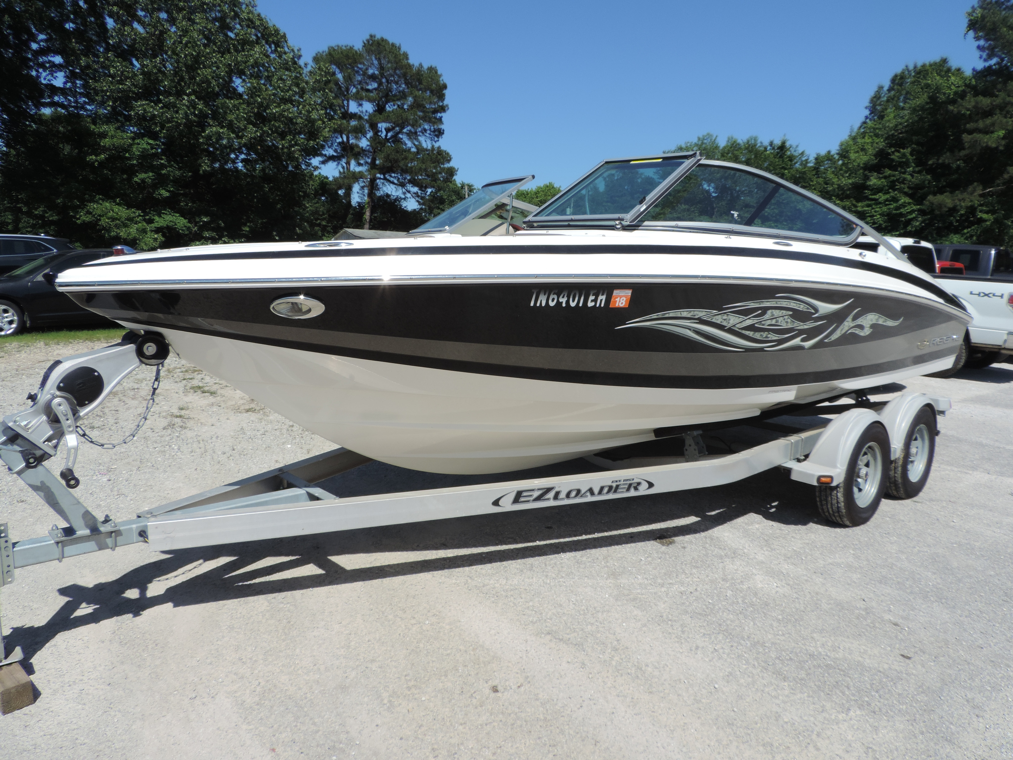 2010 Regal Bowrider Boat